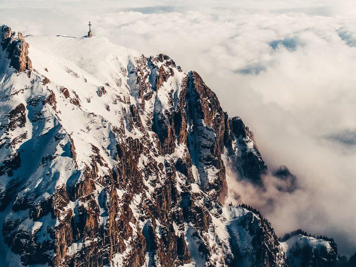 Deasupra norilor în Munții Bucegi