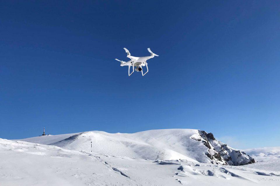 Tu ce modificări ai vrea în legislația dronelor? Trimite la AACR sugestiile tale!